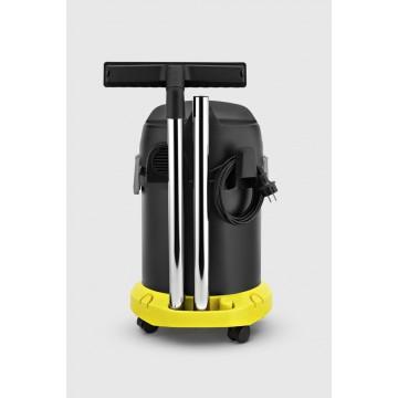 Karcher AD3 Premium Dotazione: Tubo d'aspirazione 1.7 m 35 mm, Tubo rigido d'aspirazione 2 Pezzo 0.5 m 35 mm,Bocchetta secco commutabile, Bocchetta a clip per pavimenti con due liste setolate,Filtro plissettato piatto, 1 Pezzo,Paracolpi,Gancio portacavo,Vano accessori sulla macchina