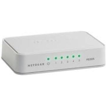 Netgear Fast ethernet switch a 5 porte 10/100 mbps