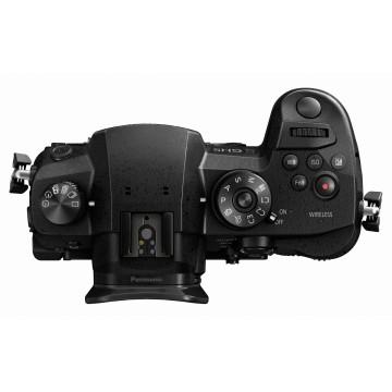 Panasonic Lumix GH5 + Lumix G X Vario 12-60mm f/3.5-5.6 HF Power O.I.S.