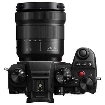 Panasonic Lumix S5 + 20-60mm f/3.5-5.6