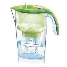 Bottiglie e Brocche per filtrare l'acqua