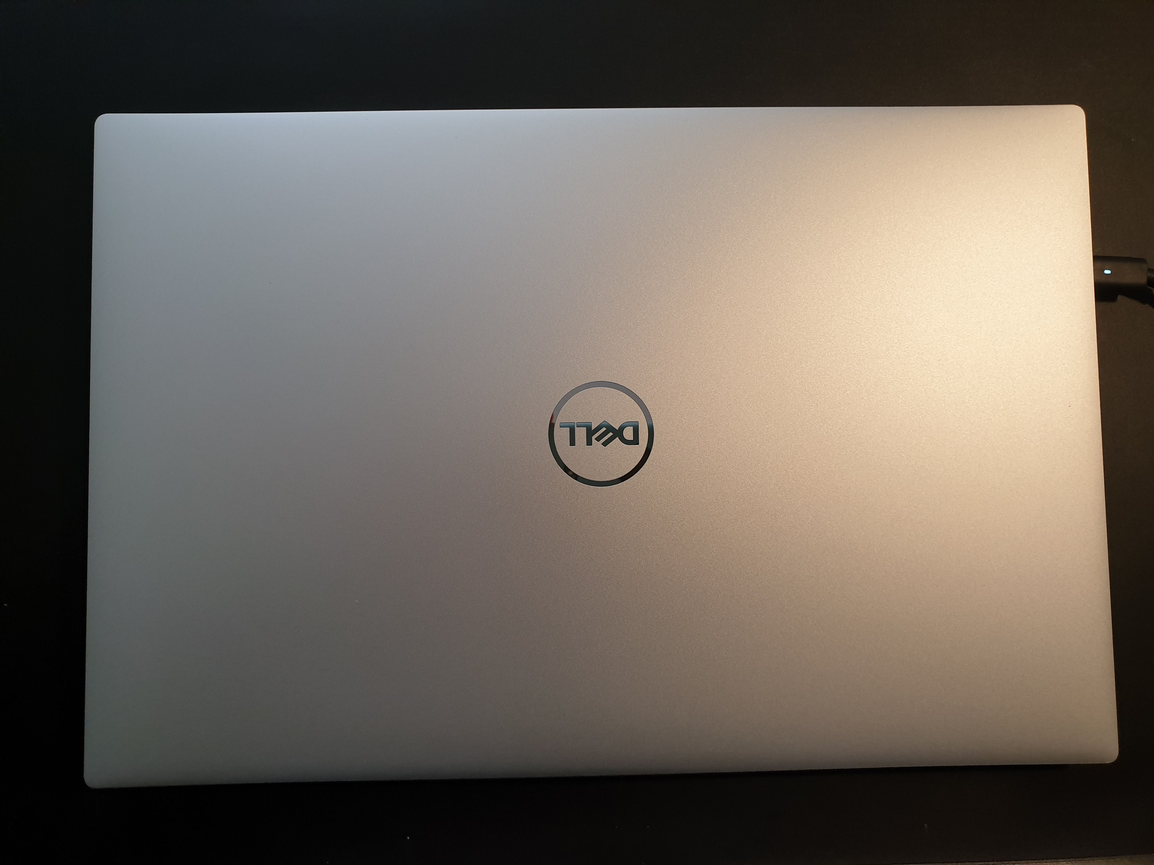 "XPS 15 9500 15.6"" FullHD GeForce GTX 1650 Ti Nero, Argento"