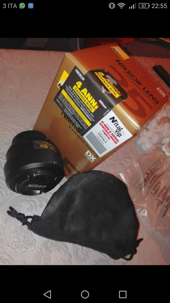 AF-S DX 35mm f/1.8 G + Borsa e Paraluce
