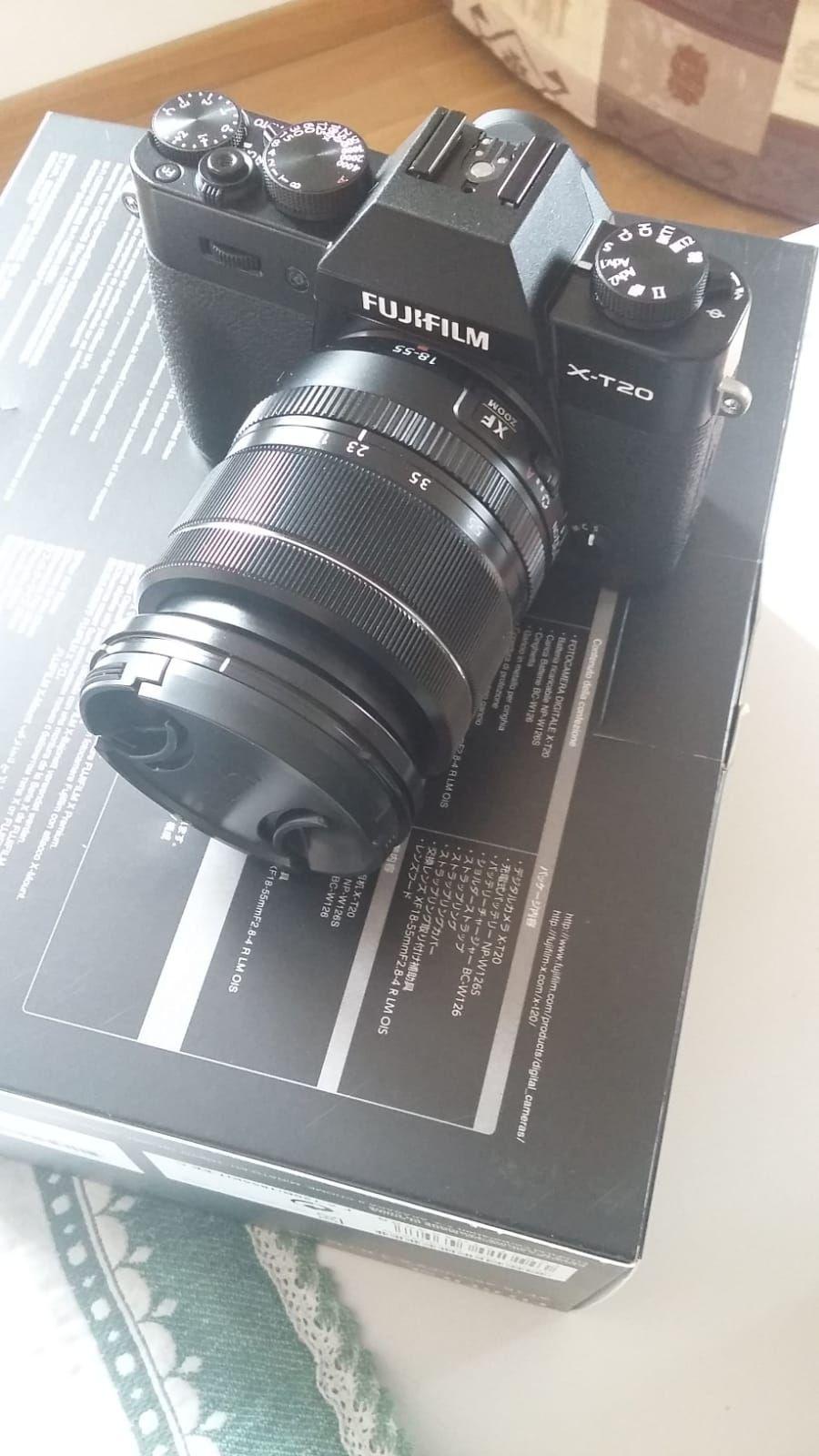 X-T20 Nero + XF 18-55mm f/2.8-4 R LM OIS Fujinon Nero