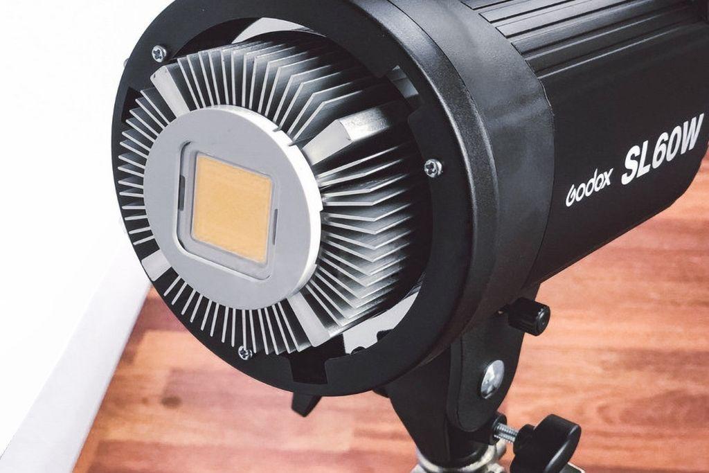 Illmuninatore LED a rete SL-60W