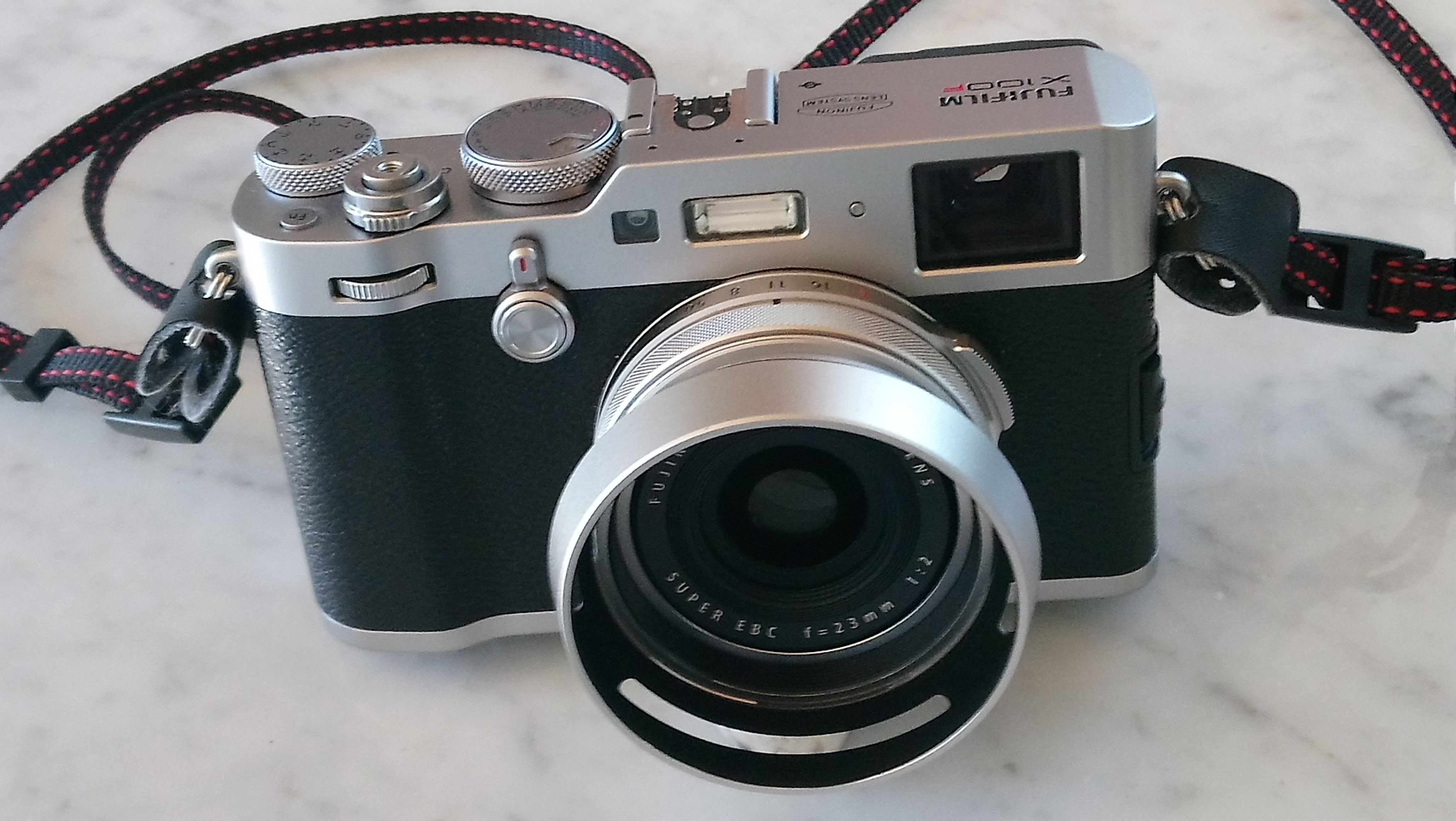 LH100 Silver Kit Paraluce e Anello adattatore filtro per Fujifilm serie X100